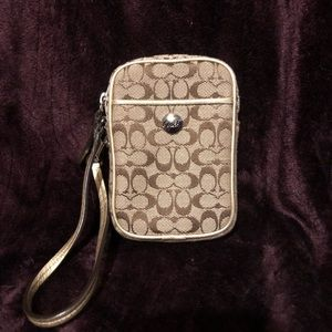 Coach Signature Canvas Phone Case/Wallet